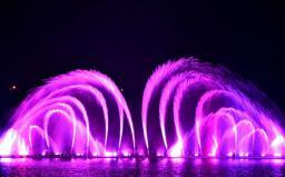 大型湖面音乐喷泉