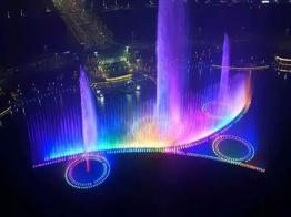 郑州双鹤湖中央公园大型音乐喷泉
