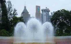 水晶球喷泉