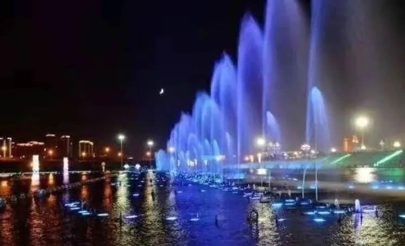 乌兰木伦湖音乐喷泉冬季维护保养——音乐喷泉维护