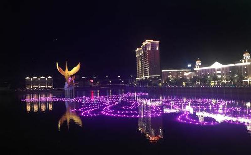 凤凰湖的音乐乐虎体育app下载——湖面音乐乐虎体育app下载乐虎体育