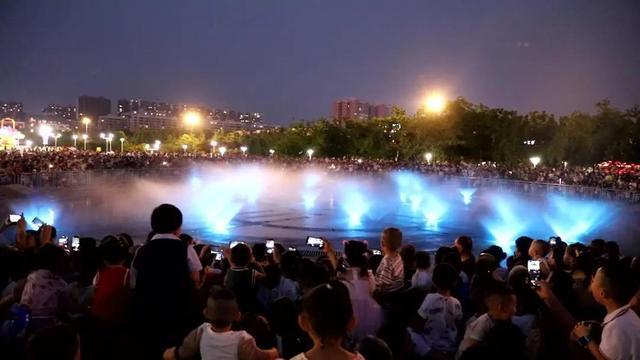 济宁高新区新添一个超美景打卡圣地—新世纪广场音乐喷泉3.jpeg