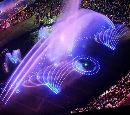 大型湖面组合喷泉