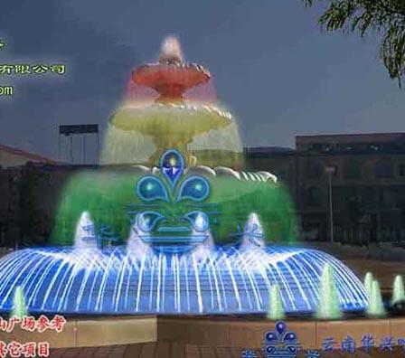 十八连山雕塑叠水